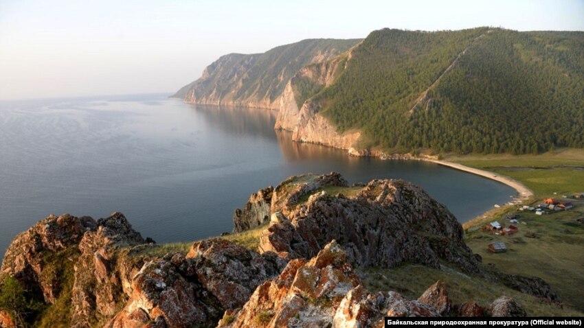 Пловцы из Крыма переплыли Байкал и установили мировой рекорд – Минспорта Крыма