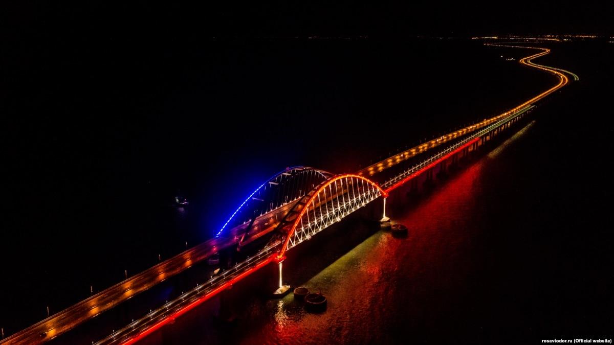 Путин едет открывать железнодорожное сообщение между Россией и Крымом, несмотря на осуждение Запада