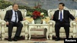 Takimi Liberman-Jinping. Pekin, 16 mars 2012.