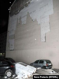 Obrušena fasada, januar 2012.