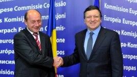 Traian Băsescu și Jose Manuel Barrosso, Bruxelles, februarie 2011.