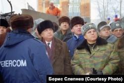 Правительственная комиссия на месте авиакатастрофы в Иркутске-2
