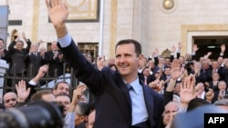 Башар Асад после выступления в сирийском парламенте