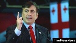 Оставивший пост президента Михаил Саакашвили рассчитывает вернуть его уже в январе
