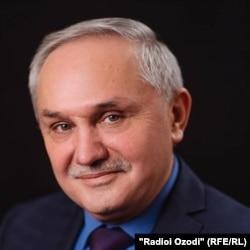 Абдулмалик Қодиров.