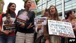 شماری از معترضان استرالیایی علیه سیاستهای دولت در قبال پناهجویان
