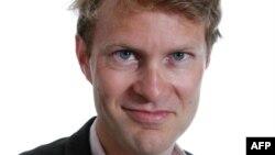Политический обозреватель Guardian Люк Хардинг