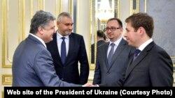 Президент Украины Петр Порошенко встретился с адвокатами Надежды Савченко