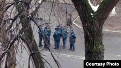 Сотрудники органов внутренних дел в Ташкенте.
