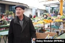 Esad Pozder bazarda