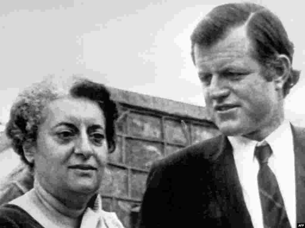 Эдвард Кеннеди и премьер-министр Индии Индира Ганди, 15 августа 1971 года