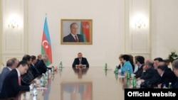 İlham Əliyev Azərbaycan və Ermənistan nümayəndələrini qəbul edir