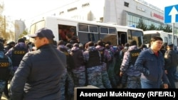 Задержания в Нур-Cултане. 1 мая 2019 года.