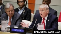 Генэральны сакратар ААН Антонію Гутэрыш (зьлева) і прэзыдэнт ЗША Дональд Трамп на паседжаньні, прысьвечаным рэформе арганізацыі
