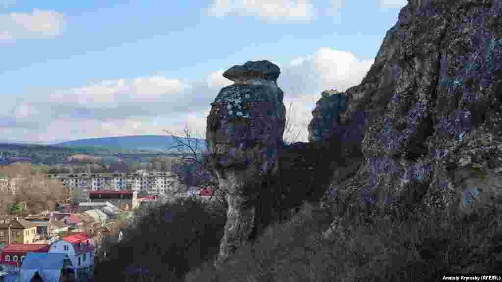 Петровские скалы в Симферополе