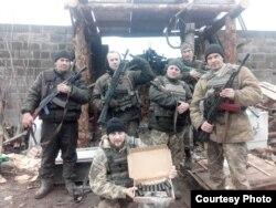 Юрій Сухарєв разом із побратимами у зоні АТО