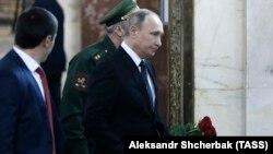 Андрей Карлов менен коштошуу зыйнаты.