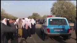 Kazahstanske učenice se protive zabrani marame
