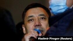 Новиот премиер на Киригистан, Садир Јанапов