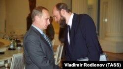 Володимир Путін і Сергій Пугачов на зустрічі в Москві, 28 липня 2000 року