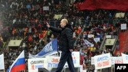 Оьрсийчоь -- Путин Владимир ву шен агIончашна хьалха вистхуьлуш. Чил. 23, 2012