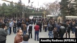 Протест в поселке Нардаран. Баку, 26 ноября 2015 года.