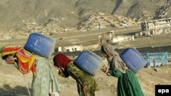 Беженцам везде плохо - и в Афганистане, и в Таджикистане