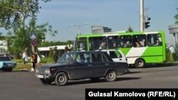 "Uzbekistan - Car ""Zhiguli"" in Tashkent? photo by Gulasal Kamolova, 23.04.2011"