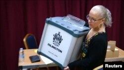 Prizor sa glasačkih mesta, zabeleženo u Islingtonu, 23. jun 2016.