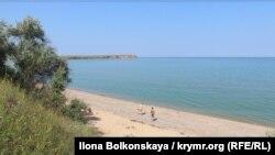Село Углове, Крим, липень 2015 року