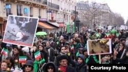 راهپیمایی در پاریس، ۷ فوریه، ۱۸ بهمن (عکس از مریم)
