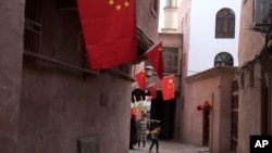 Улица Кашгара в китайском Синьцзяне, ноябрь 2017 года. Иллюстративное фото.