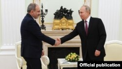 Russia -- Russian President Vladimir Putin meets with Armenian Prime Minister Nikol Pashinian, Moscow, January 11, 2021.