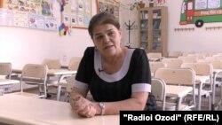 София Ҳайдарбекова, омӯзгор