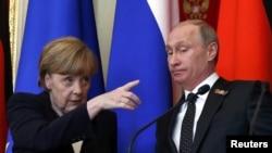 Ангела Меркел белән Владимир Путинның уртак матбугат очрашуы