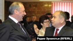 Maqomedsalam Maqomedov və İliyas Umaxanov da mümkün namizədlərdən sayılırlar