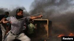 Фото з сутичок, що регулярно відбуваються на кордоні між Ізраїлем і сектором Гази