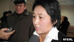 Журналист Гульжанат Шонабай в суде Алматы. 21 ноября 2008 года.