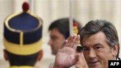 Віктор Ющенко на саміті НАТО в Бухаресті сподівався отримати для України План дій для членства
