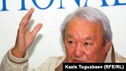Мақсұт Нәрікбаев – «Әділет» демократиялық партиясының төрағасы. Алматы, 19 қазан 2011 жыл.