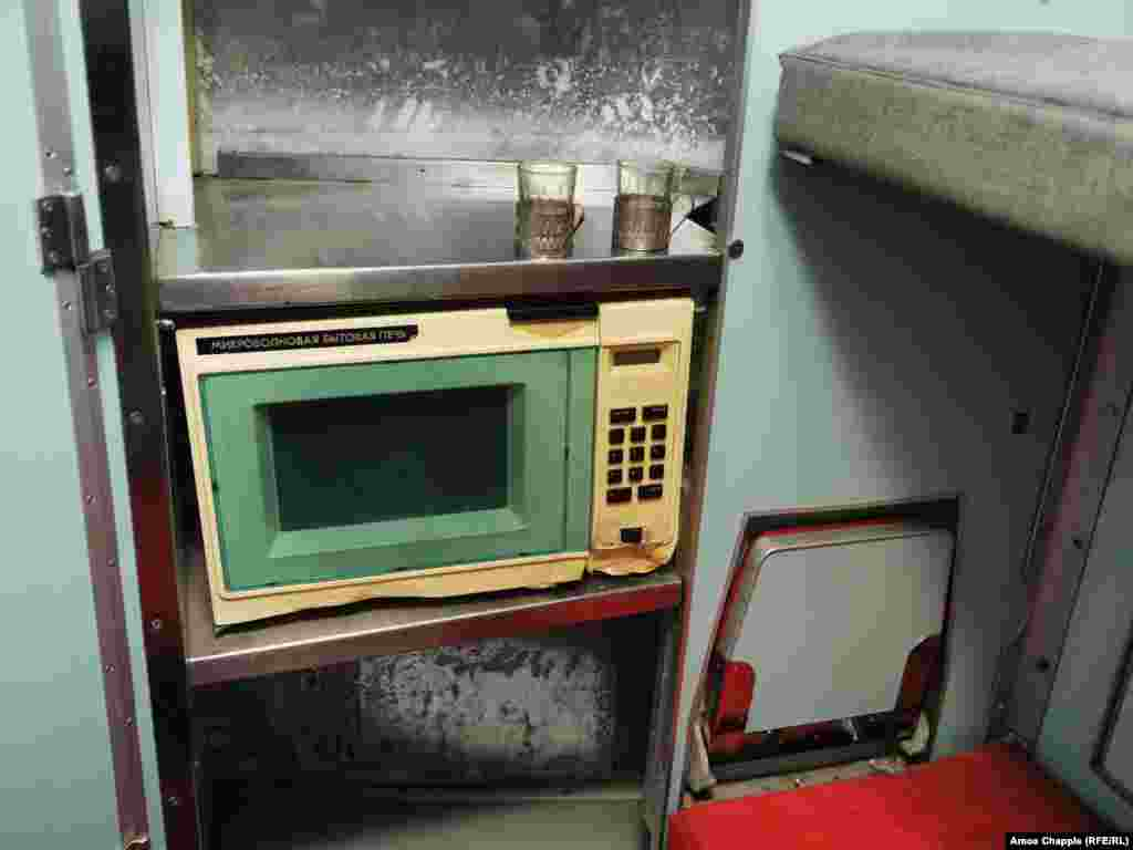 The subterranean living space also held a mixture of cutting-edge and ancient appliances. This microwave was installed in the base, reportedly before any Soviet homeowners had access to the technology.