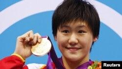 Китайская пловчиха Е Шивен.