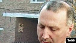 Outgoing Daghestani Interior Minister Colonel Ali Magomedov (file photo)