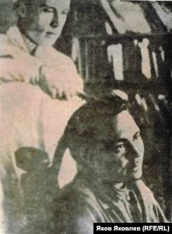 Обрезание кос у мужчин, 1950-е годы