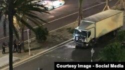 Bijeli kamion
