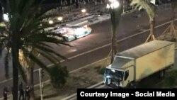 Врезавшийся в толпу грузовик, Ницца, 14 июля 2016 года.
