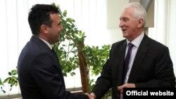Средба на лидерот на СДСМ Зоран Заев со рускиот амбасадор во Македонија Олег Шчербак