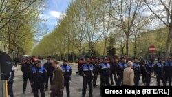 Тирана- полиција го обезбедуваше судот за време на рочиштето, 04.04.2018