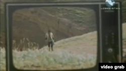 """По телевизору показывают узбекский фильм """"Тент"""". Иллюстративное фото."""