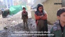 Raseljeni Afganistanci se nose sa temperaturnim minusima
